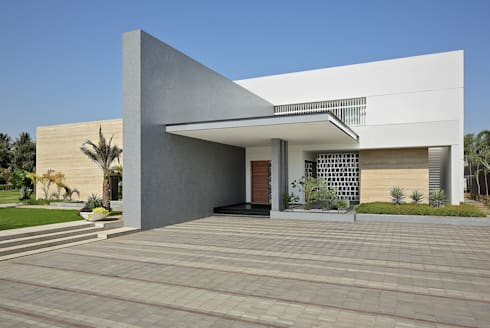 kabir bungalow:   by USINE STUDIO
