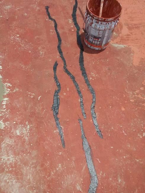 impermeabilización: Azoteas de estilo  por atelier blanco