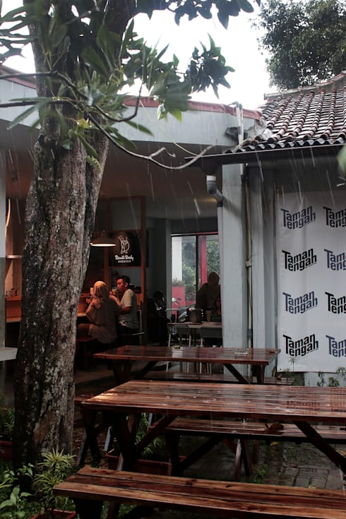 Taman Tengah – Joint Creative Space:   by Lukie Widya - LUWIST Spatial