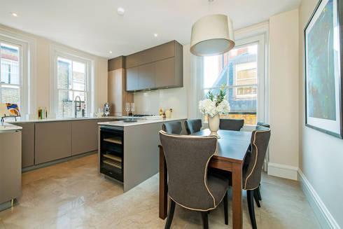 Drayton Gardens:  Kitchen units by Maxmar Construction LTD
