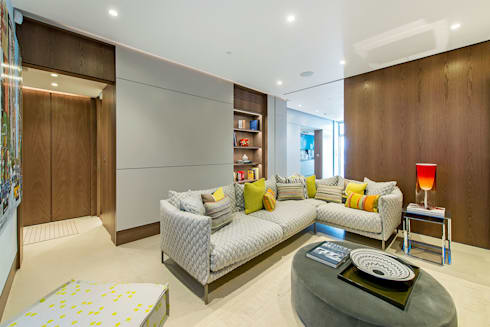 Lennox Gardens: modern Living room by Maxmar Construction LTD