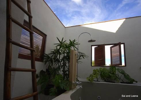 Kannan—Sonali and Gaurav's residence: eclectic Spa by Sandarbh Design Studio