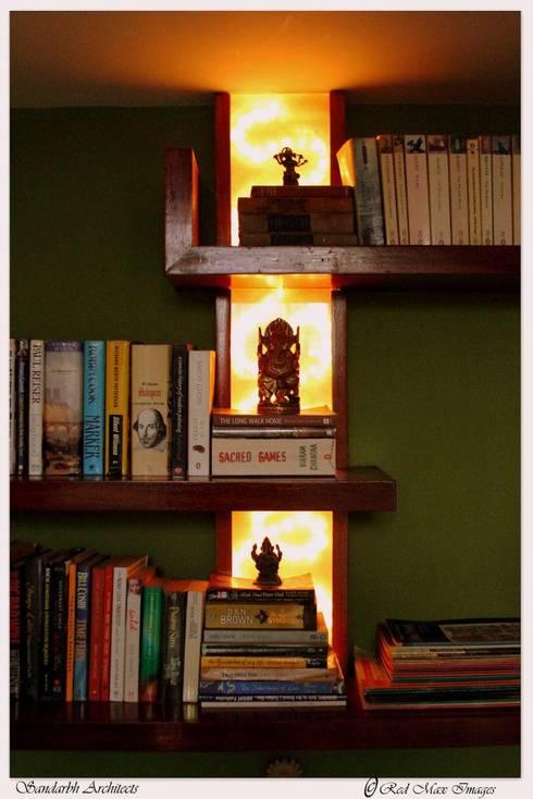 Sharada: eclectic Study/office by Sandarbh Design Studio