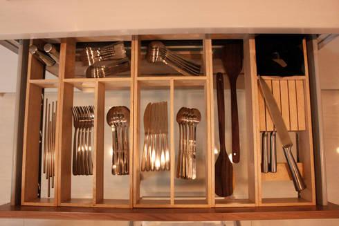 Prambanan Residence Kertabumi: modern Kitchen by KOMA living interior design