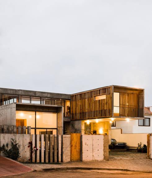 Casa Jardines del Sur : Casas de estilo moderno por Dx Arquitectos