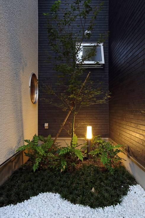 坪庭 : やまぐち建築設計室が手掛けた庭です。