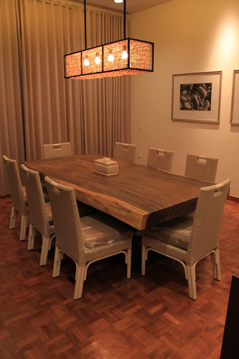 Solid suar wood with synthetic rattan chair:  Dining room by Kottagaris interior design consultant