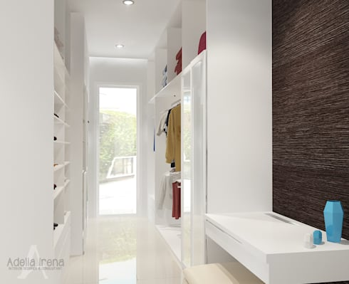 Walk in Closet:  Ruang Ganti by AIRE INTERIOR
