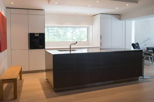 Bulthaupt Küche bulthaup b3 alu grau laminat alpinweiß edelstahl by küchen