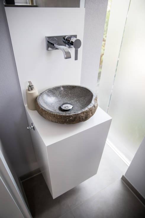 Waschtisch:  Badezimmer von Holzmanufaktur Ballert e.K.