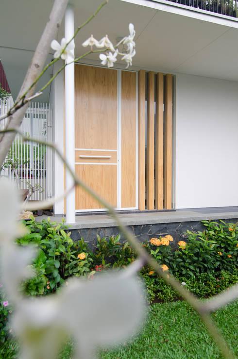 prv a126:  Teras by e.Re studio architects
