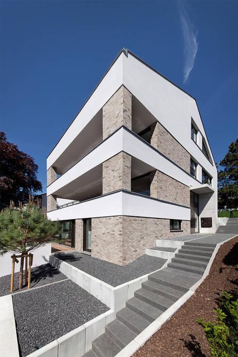 mehrfamilienhaus ih von ffm architekten tovar tovar. Black Bedroom Furniture Sets. Home Design Ideas