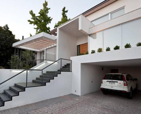 CASA CARREÑO: Casas de estilo minimalista por [ER+] Arquitectura y Construcción