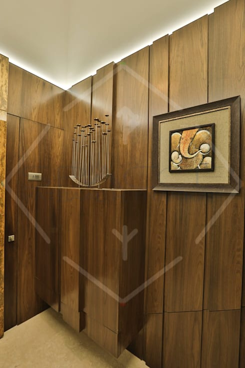 Capital Green—3:  Corridor & hallway by SPACCE INTERIORS