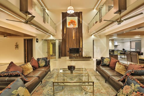 Capital Green—3: asian Living room by SPACCE INTERIORS