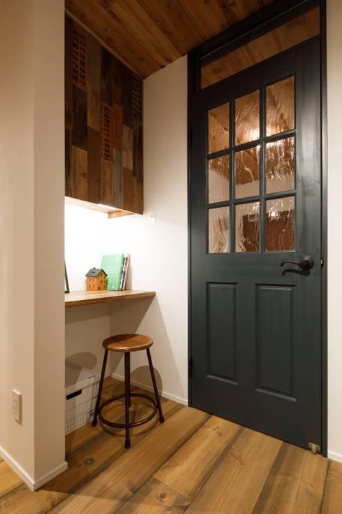 house-09(renovation): dwarfが手掛けた書斎です。