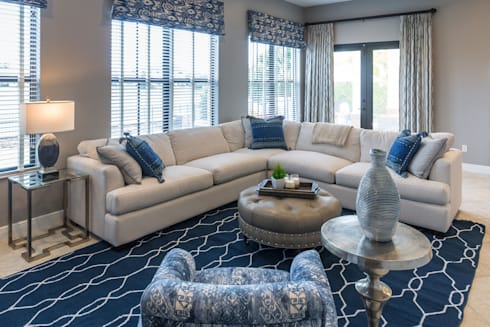 Blue and White Family Room: minimalistic Living room by Lux Design Associates