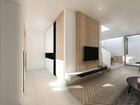 Mutiara Palace:  Koridor dan lorong by KERA Design Studio