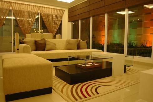 Kitchen Set and Living Room:  Ruang Keluarga by Anantawikrama Studio