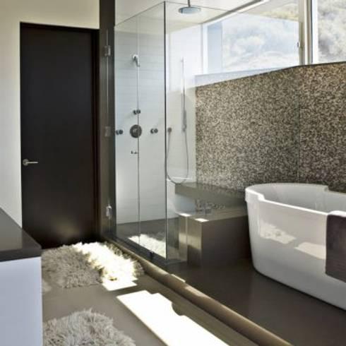 interior designers in pune: classic Bathroom by Oxedea Interiors