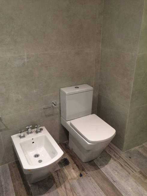 Baño Principal. Equipamiento.: Baños de estilo moderno por NG Estudio