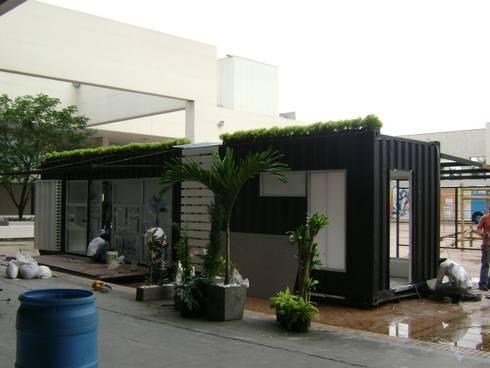 Proceso de enlucimiento: Casas campestres de estilo  por Home Box Arquitectura