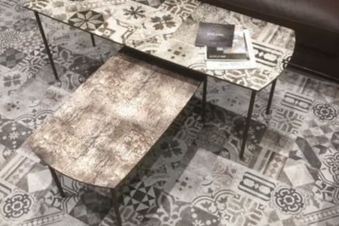 Texture at Square coffee Table:  Walls & flooring by S. T. Unicom Pvt. Ltd.