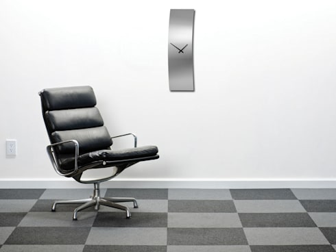Nextime De Luxe: modern Living room by Just For Clocks