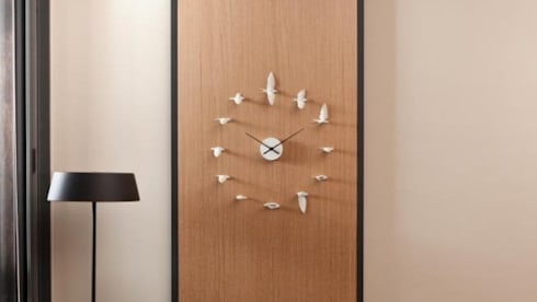 Haoshi Swallow Clock for Luck and Hope: modern Living room by Just For Clocks