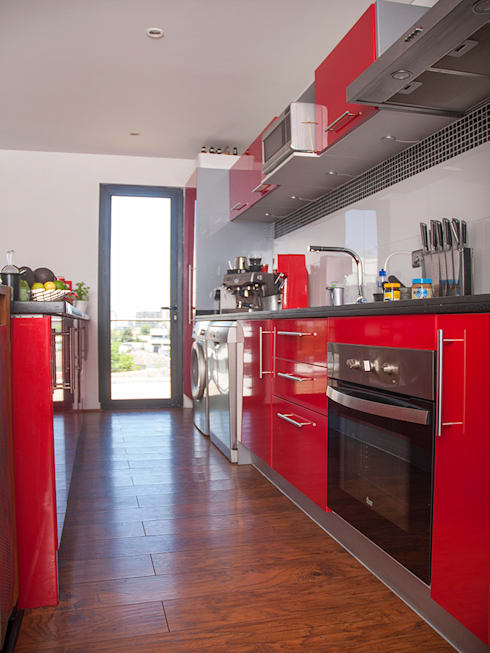 Penthouse Triplex · Barrio Italia: Cocinas equipadas de estilo  por Francisco Vicuña Balaresque