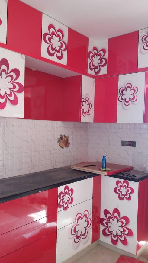 Modular kitchen : modern Kitchen by SAI INTERIOR DESIGNERS-SID