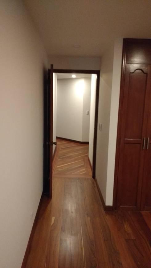 Piso en madera: Paredes de estilo  por bdl concept/studio