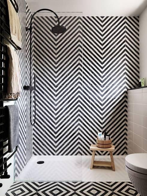 Inspiración para baño: Baños de estilo  por Vero Capotosto