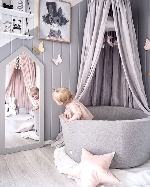 Nursery/kid's room تنفيذ Vero Capotosto