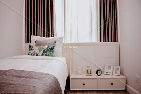 Apartment Landmark Residence, Bandung: modern Bedroom by ARKON