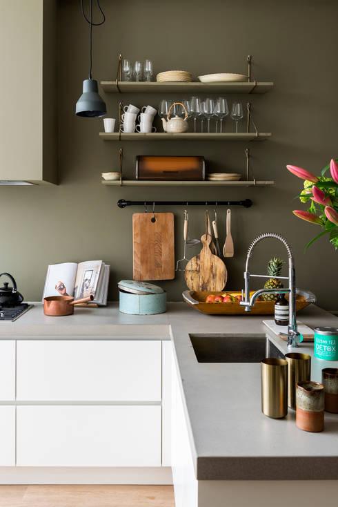 مطبخ تنفيذ FORM MAKERS interior - concept - design
