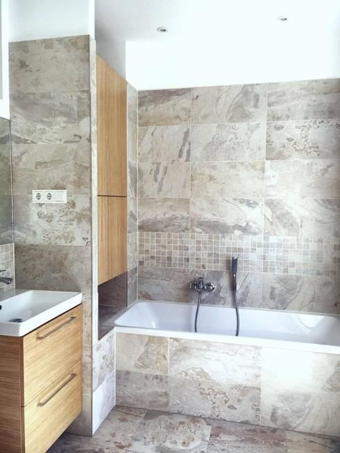 Bad 2 - Wohnung 2 - Fertigstand:   von KHG Raumdesign