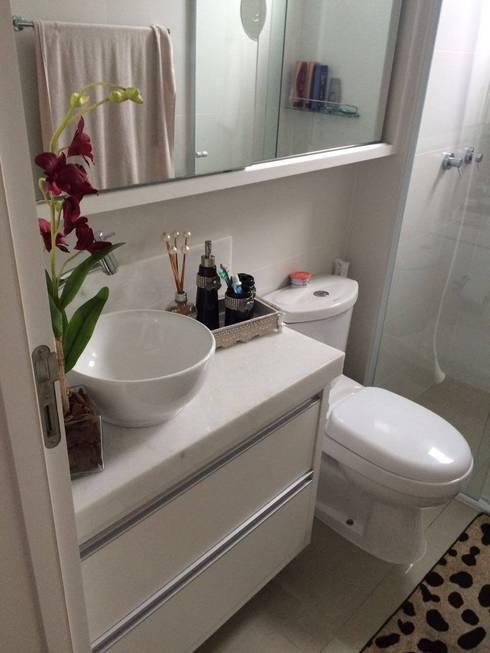 Apartamento en Itajaí Brasil: Baños de estilo moderno por MBdesign