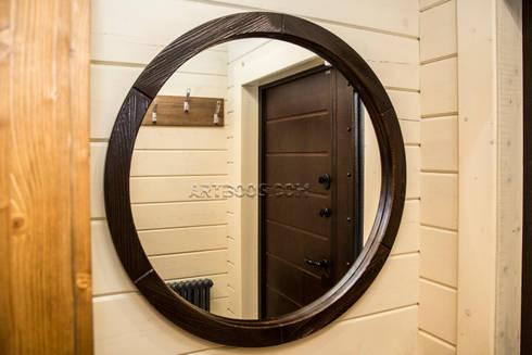 Зеркало в деревянной раме: Гардеробная в . Автор – Творческая мастерская АRTBOOS