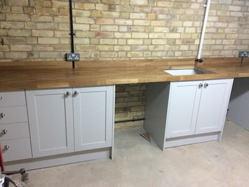 industrial Kitchen by R&H Carpentry & Multitrade Services