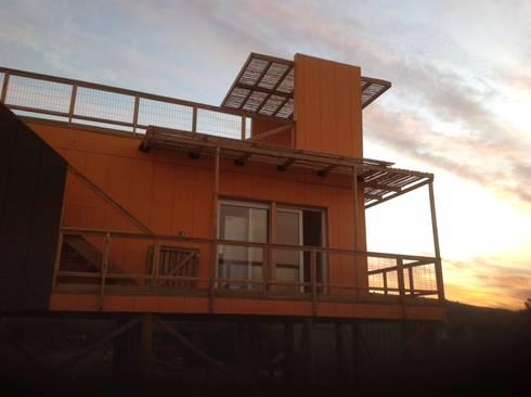 hola: Casas ecológicas de estilo  por Arquitectura Amanda Perez Feliú