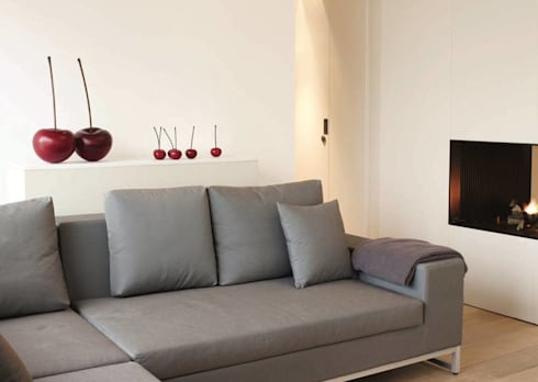 Unique Living Room Decor: modern Living room by Spacio Collections