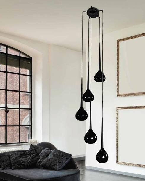 Lampa wisząca AGA: styl , w kategorii Salon zaprojektowany przez Mlamp