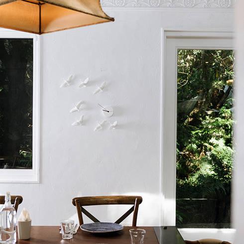 Haoshi Migrantbird X Clock - C Form: modern Living room by Just For Clocks