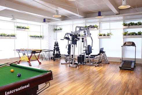 GYM AREA:  Office buildings by DESIGNER'S CIRCLE