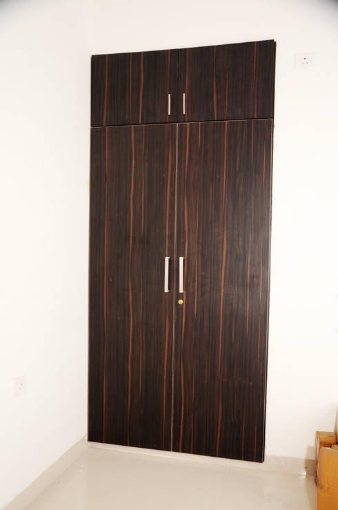 Residential Interior: asian Bedroom by Azhagu Interior