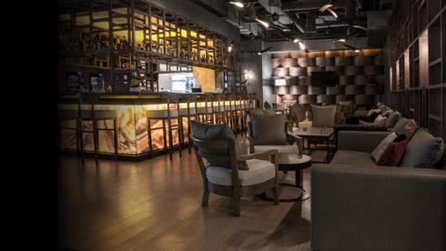 Dome Deco:  Office spaces & stores  by S. T. Unicom Pvt. Ltd.