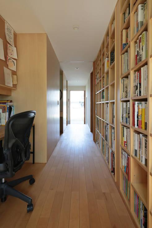 書房/辦公室 by 佐藤重徳建築設計事務所