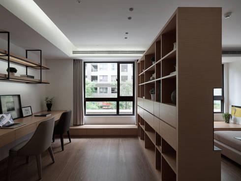 C宅_白。純:  書房/辦公室 by 沐禾設計事務所