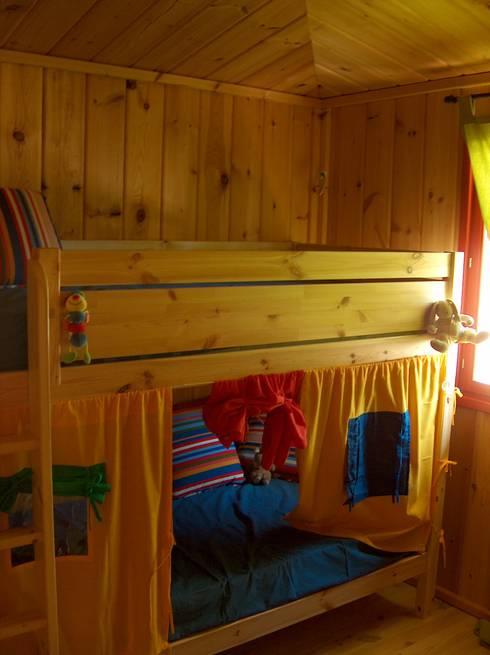 Projekty,  Pokój dla chłopca zaprojektowane przez Rusticasa